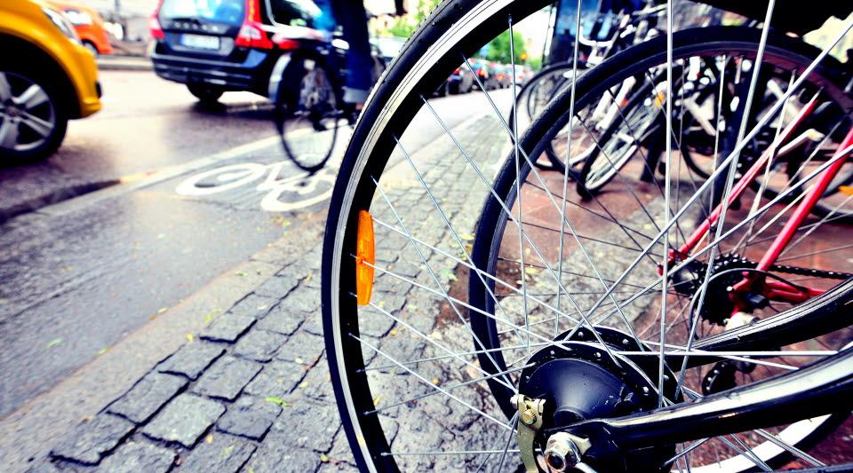 Cyklar på trottoar