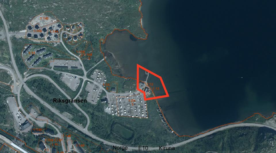 Planområdet markerat med rött
