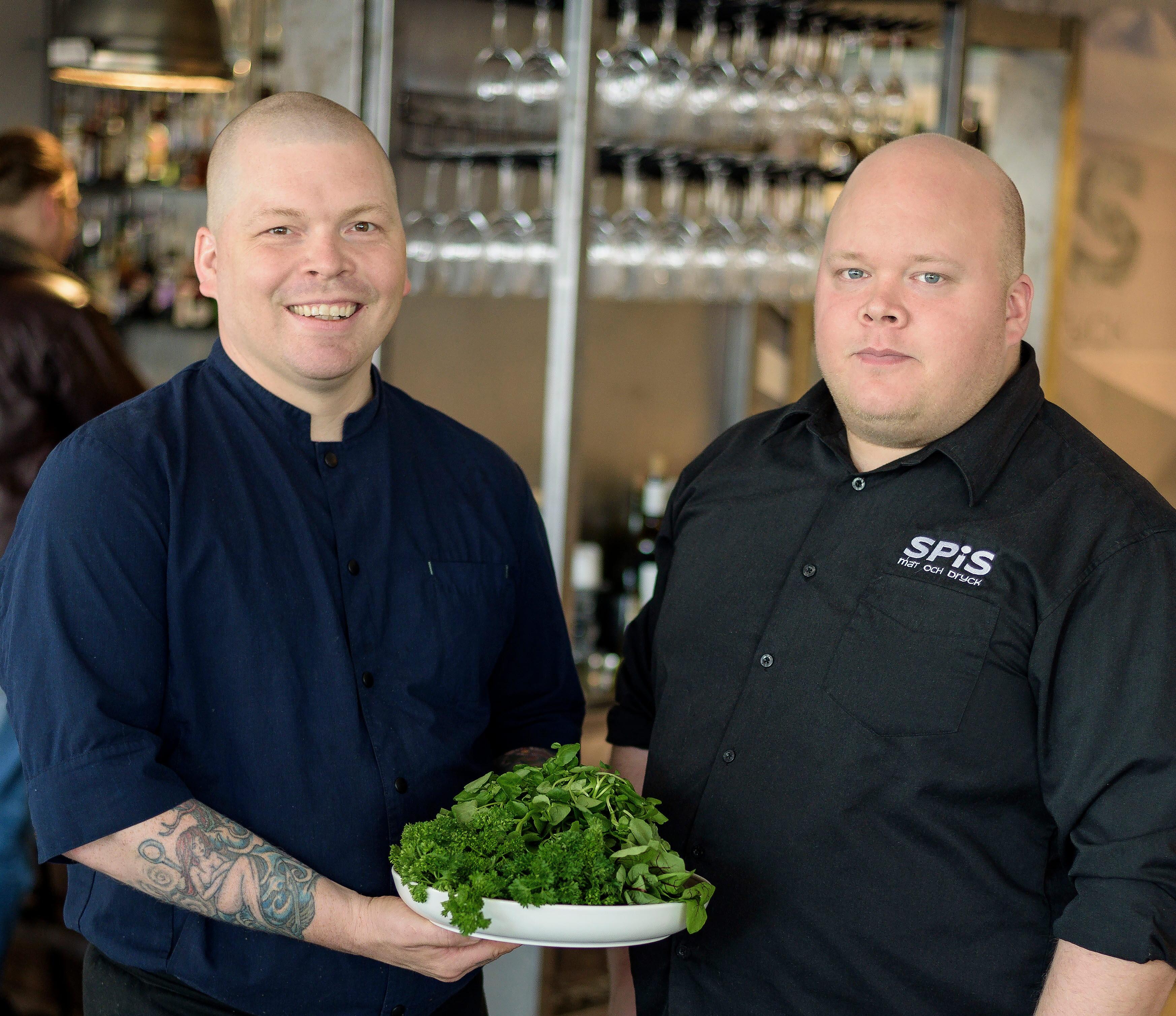 Johan Lans och Johan Stålnacke från restaurangen Spis i Kiruna